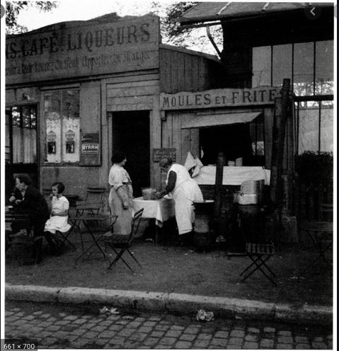 Plaisance, café rideau
